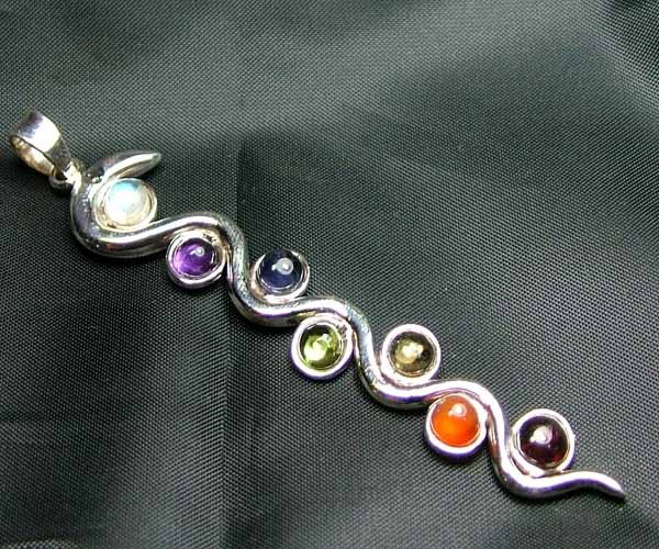 Exotic 925 Silver Handcrafted 7 Gemstone Pendant JW120