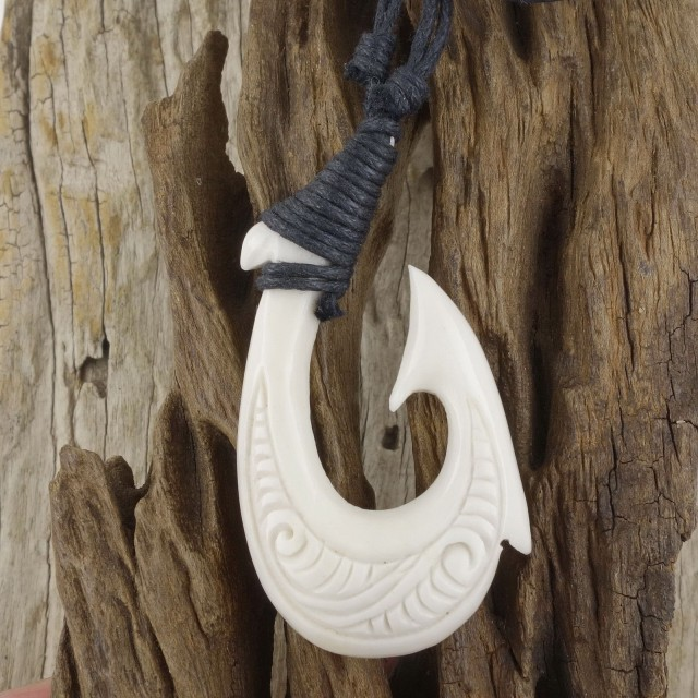 Maori Scrimshaw Fish Hook Necklace, White Bone Pendant Men's Surfer Hei Mat