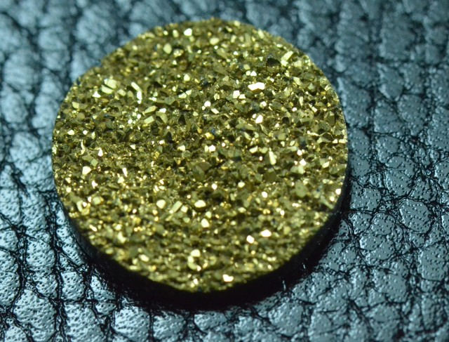 20mm gold round druzy cabochon AAA quality 20mm by 5mm