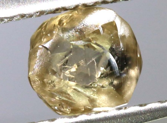0.64 CTS BROWN DIAMOND CERTIFIED CRYSTAL SD-152 GC