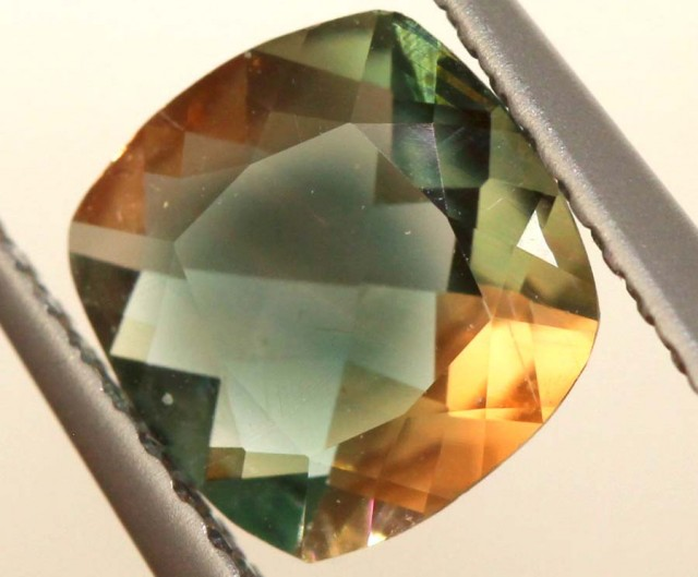 0.85 CTS SUNSTONE  FACETED  CG-2006