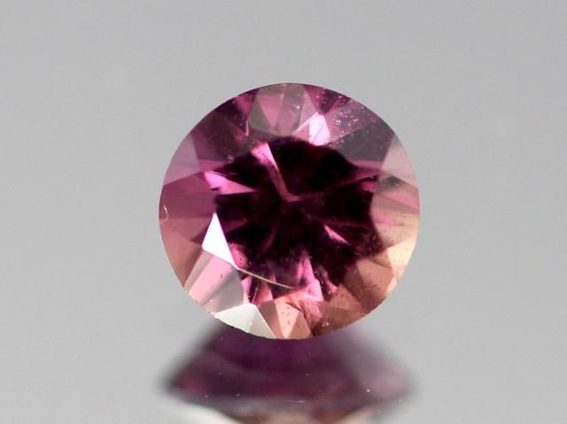 0.81ct Pink Orange Sapphire from Madagascar