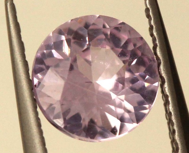0.77 CTS  CERTIFIED PINK SAPPHIRE FACETED GEMSTONE TBM-801