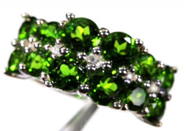 DIOPSIDE SILVER RING 25.55 CTS SG-1333