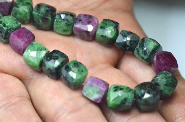 9mm 8 inch line Ruby Zoisite AAA Box Checker cut beads faceted 232ct rz01