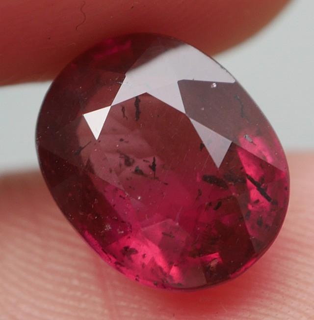 BEAUTY GEMS AFRICAN GARNET 3.40 CRT