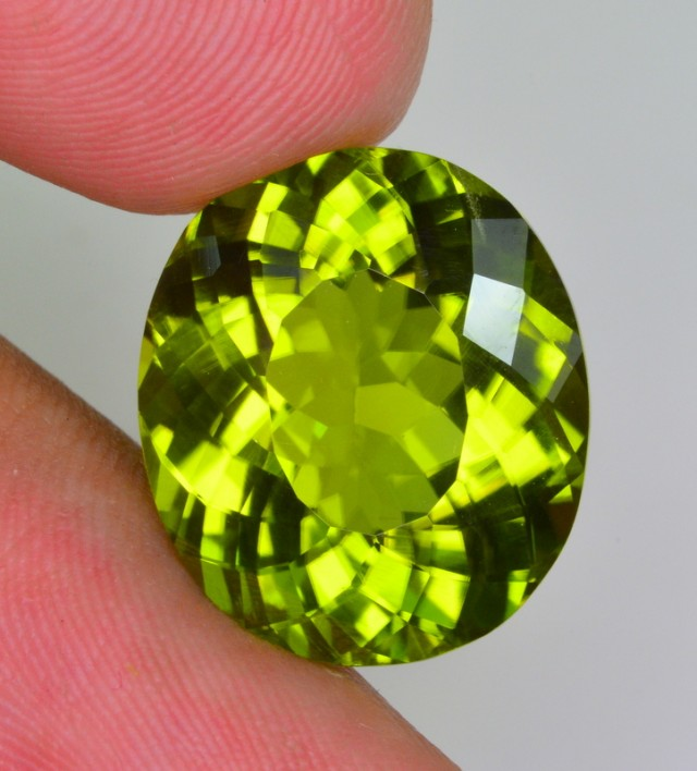 15~CT NATURAL UNTREATED PERIDOT FROM PAKISTAN