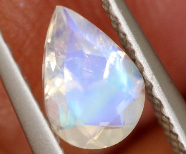 0.70 CTS FACETED MOONSTONES PARCEL ANGC-564
