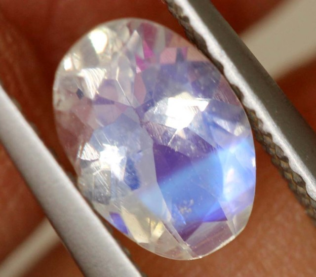 1.50 CTS FACETED MOONSTONES PARCEL ANGC-567