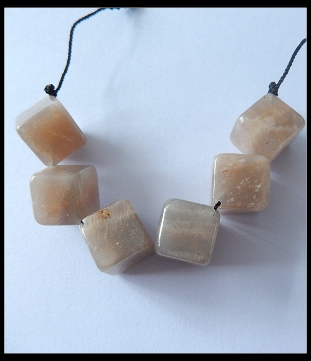 Solid Sunstone Beads Strands ,124cts Natural Sunstone Beads Necklace