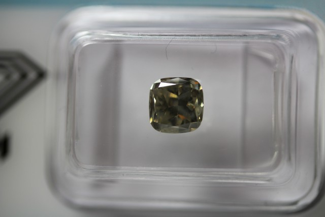 1.24 ct cushion cut diamond, brown-yellow