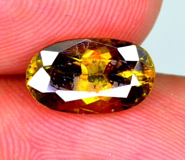 Natural 1.95 Ct Sparkle Titanite Sphene World Class Luster