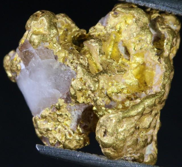 7.5 Grams Gold Nugget On Quartz Host Rock LGN 1390
