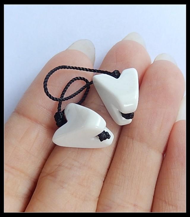 17.5 Ct White Agate Earring Beads(B1803)