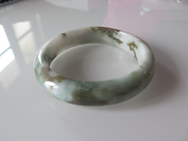 VERY NICE NATURAL JADE BANGLE