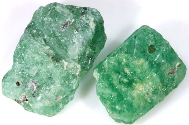 12 CTS EMERALD ROUGH  PARCEL RG-1861
