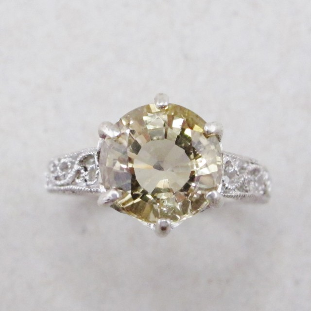 Champagne Coloured Scapolite 3.94 cts in Filigree Sterling Silver Ring