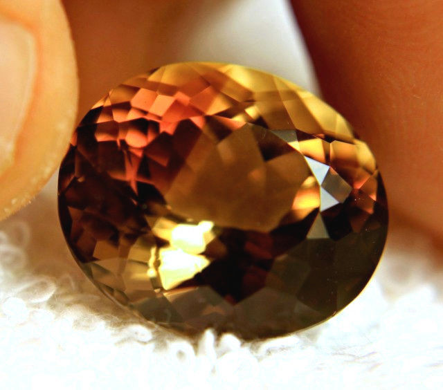 22.41 Ct. Golden Brown VVS1 South American Topaz