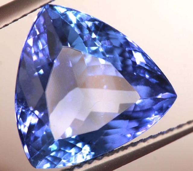 6.35 CTS  AAA TANZANITE FACETED GEMSTONE TBM-852