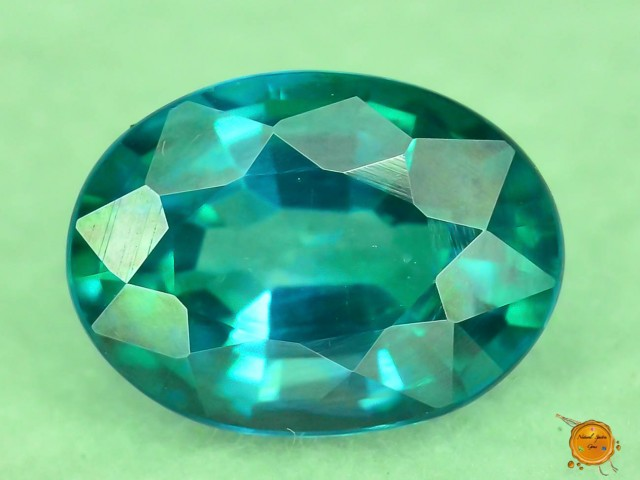 1.070 ct Natural Green Topaz