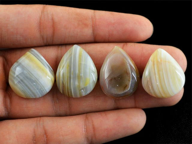 Genuine 108.00 Cts Pear Shaped Striped Agate Lot