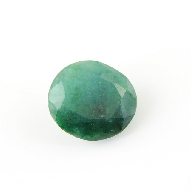 Genuine 7.85 Cts Oval Faceted Green Emerald Gemstone