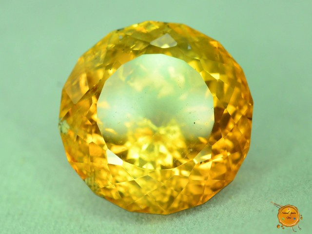 Top Quality 15.495 ct Pakistan Topaz
