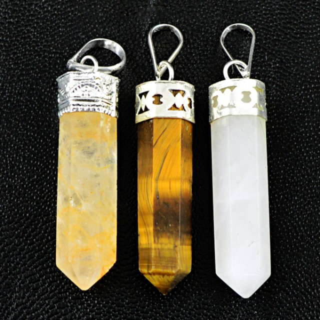 Natural 17.00 Gms Healing Point Pendant Lot