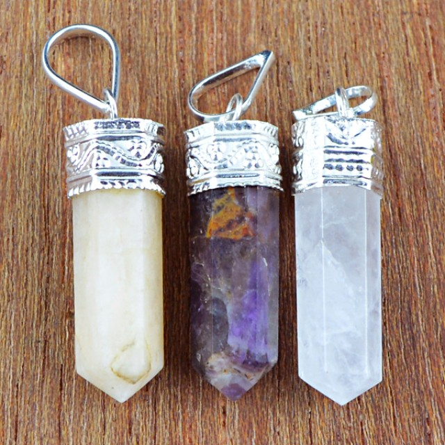 Natural 11.00 Gms Healing Point Pendant Lot