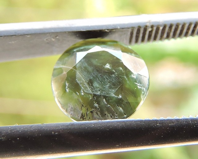 1.70ct SERAPHINITE ROUND FACETED SPECIMEN GEMSTONE FROM RUSSIA