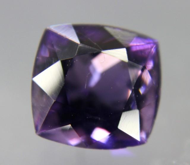 3.30 cts Dazzling Violet Purple Loose SCAPOLITE Gemstone