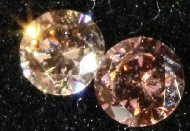 PAIR ARGYLE  CHAMPAGE DIAMONDS  .07 CARATS   OP 852