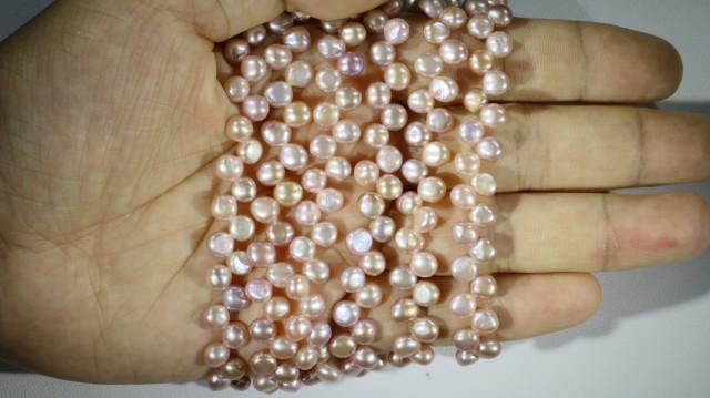 Three Pink Tip drill Natural Pearl strand  GOGO 833