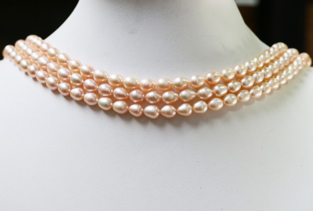 Oval Pastel Apricot Natural Pearl strands  GOGO 863