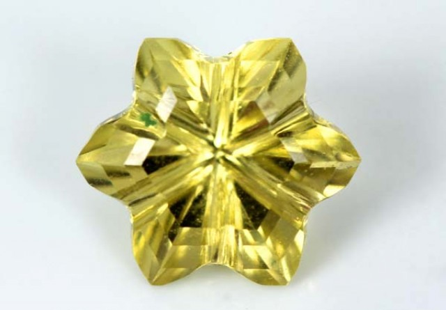 LEMON QUARTZ FLOWER CARVING 3.45 CTS PG-1834