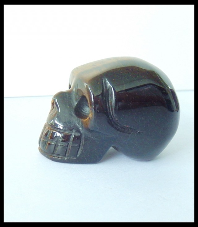 137Ct Natural Tiger Eye Skull Carving,Carved Tiger Eye Statues