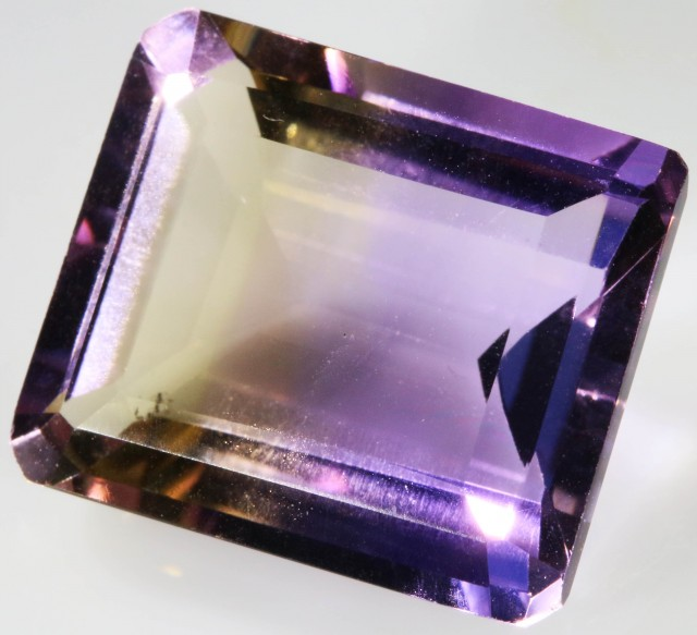 19.50 CTS FACETED NATURAL AMETRINE GEMSTONE [GOGO116]
