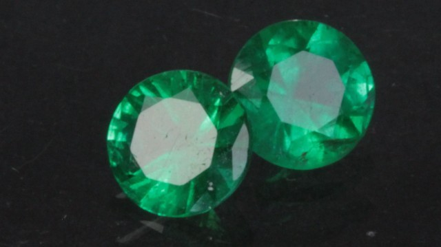 1 11 Ct Matching Emerald Pair 5 5mm Round Brilliant