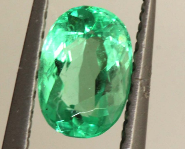 0.40 CTS EMERALD  FACETED STONE   PG -1840