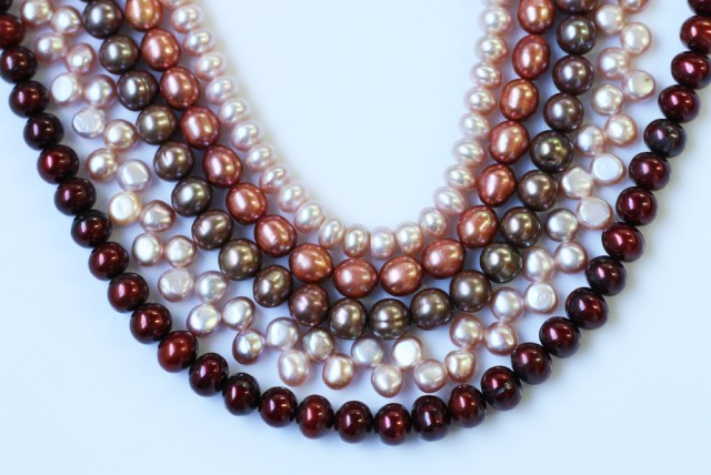 584.45 cts Five Mixed Pearl strands  GOGO 1187