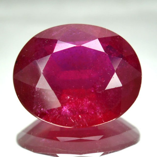 3.34 Cts Natural Red Ruby Oval Cut Thailand Gem