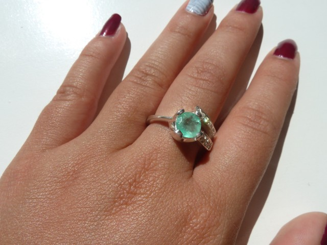 12 ct Colombian Emerald Silver Ring