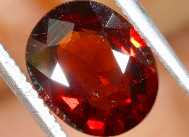 GARNET FACETED STONE  2 CTS PG-1890