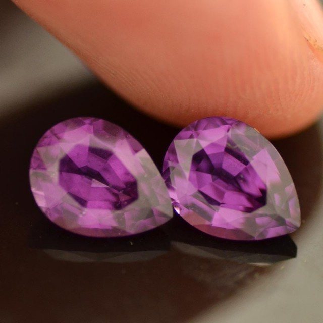 3.09cts Purple Garnet Pair (RG162)