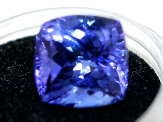 6.01 CTS  CERTIFICATE TANZANITE FACETED TBM-881