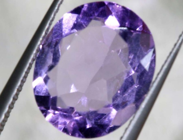 4.05 CTS AMETHYST FACETED STONE CG-2162