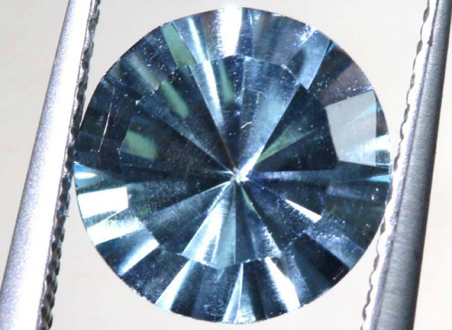 2.2 CTS  BLUE TOPAZ FACETED PG-1928