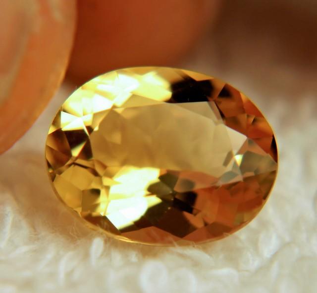3.36 Carat VVS Brazil Golden Beryl - Gorgeous