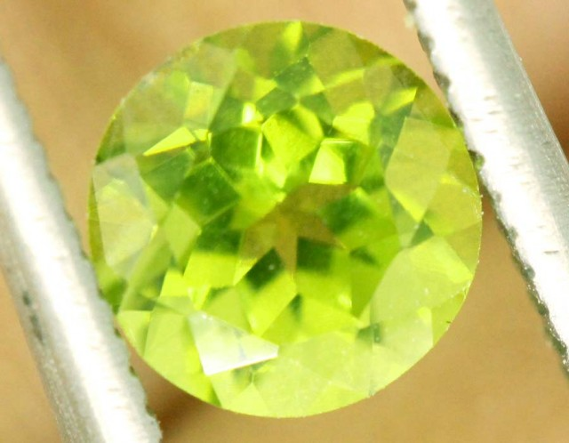 1.5 CTS PERIDOT BRIGHT GREEN PAIR (2 PCS)   CG-2194