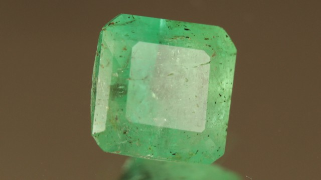 1.527ct Colombian Emerald